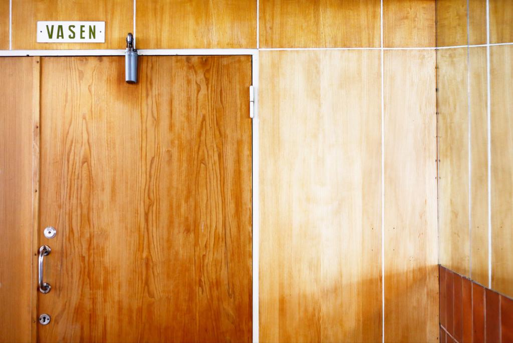 Nuijamiehen aulatilat opastuskyltteineen ovat olleet samat jo 60 vuotta.