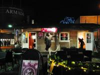 Joulukadun pop up -glögiravintola Bar Hehkua pyörittää ravintola-alan yrittäjä Jani Hiltunen.